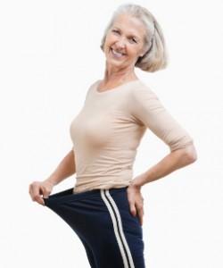 Une femme ménopausée a perdu des kilos