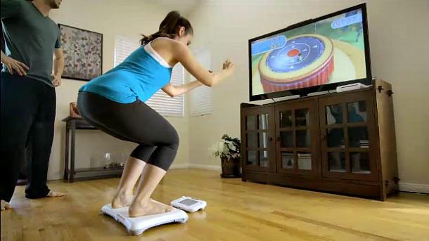 Faire du fitness avec la Wii Fit de Nintendo pour amincir ses cuisses