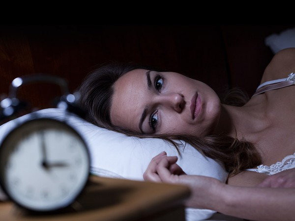 Se coucher le ventre plein est signe d'insomnies
