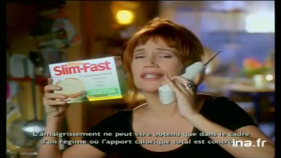 Clémentine Célarié aurait perdu beaucoup de kilos avec les substituts de repas SlimFast