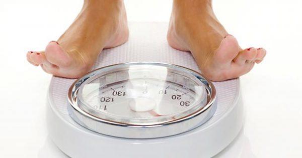 Les astuces pour perdre les 2 kilos que vous avez en trop