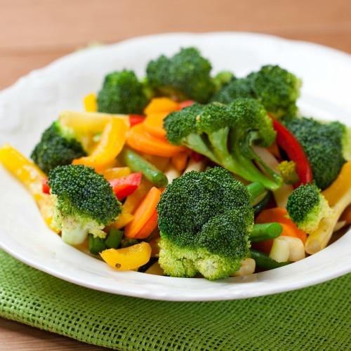 Perdre 6 kilos en mangeant des légumes vapeur